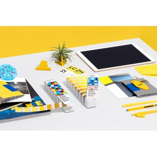 Pantone SOLID-TO-SEVEN Fan Guide Set Extended Gamut 2015-004S (Latest Ed.)